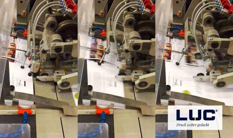 Eine Druckmaschine bei der Arbeit, Druckerei LUC